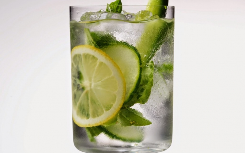 Recipe/Experiment: Infused water – lemon, cucumber and mint