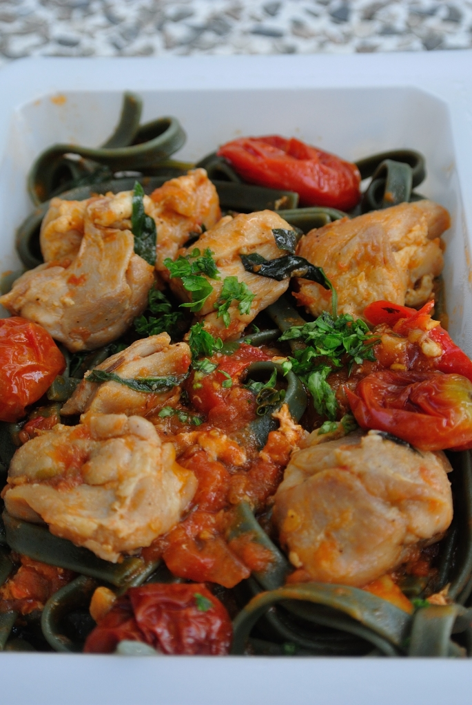Chicken with linguini and arrabiata souce