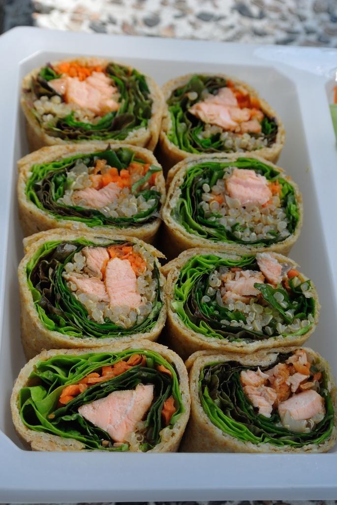 Salmon quinoa roll