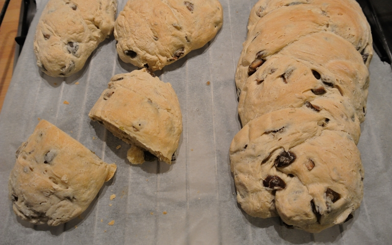 Recipe: How to make an olive bread in 6 easy steps