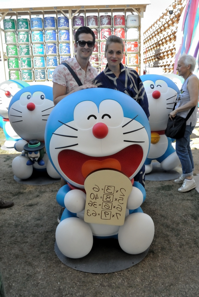 Doraemon and the mixed couple