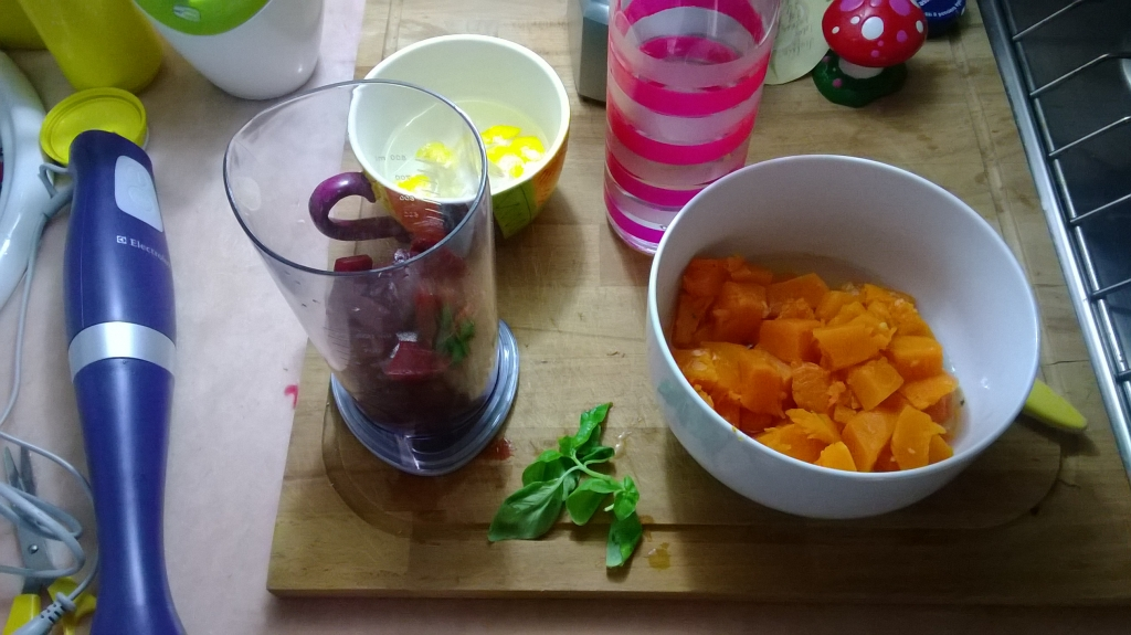 Red beetroot and pumpkin soup preparation