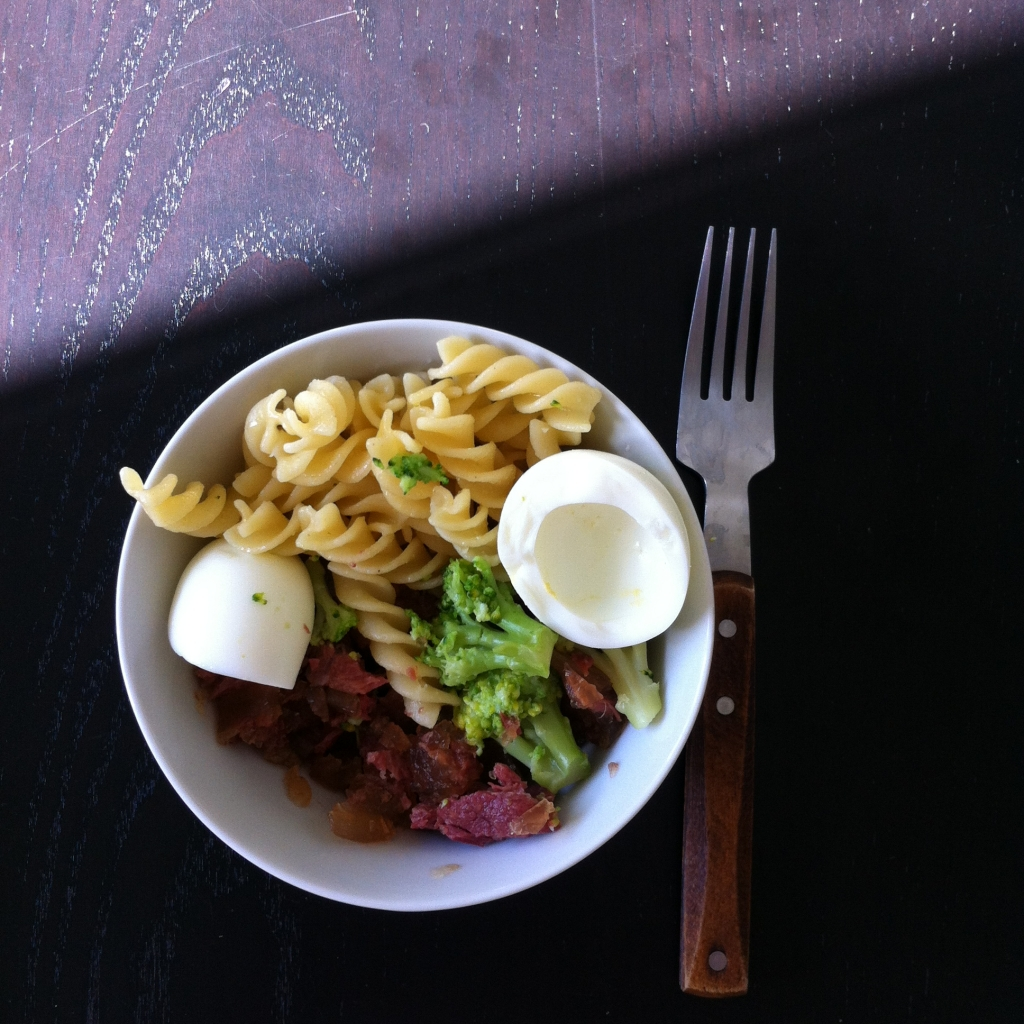 Whole wheat pasta, boiled egg (white) and canned meat