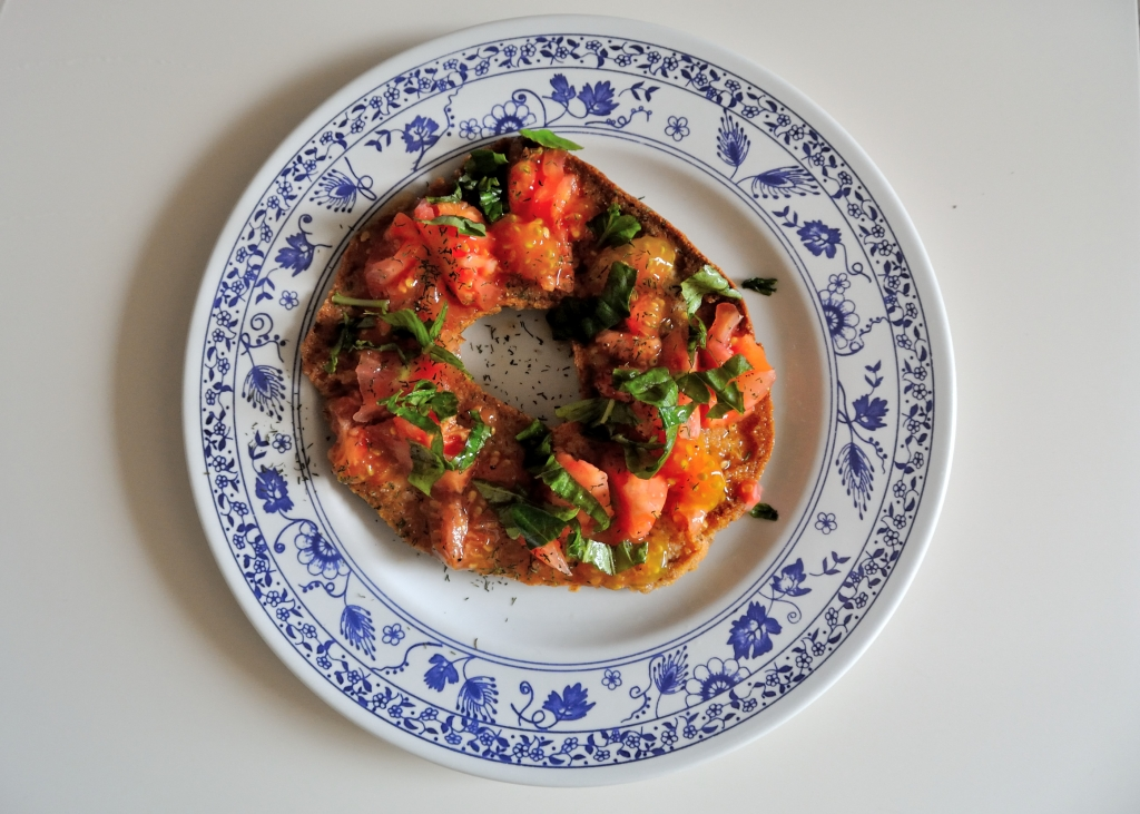 Friselle with tomato and basil