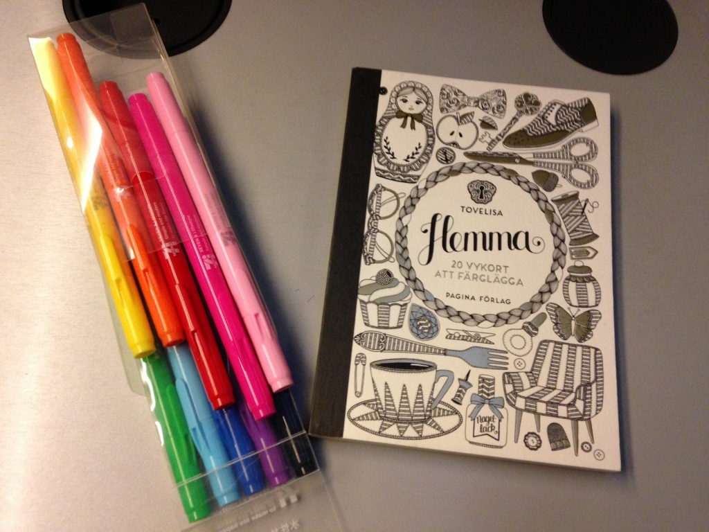 Hemma - coloring postcard book