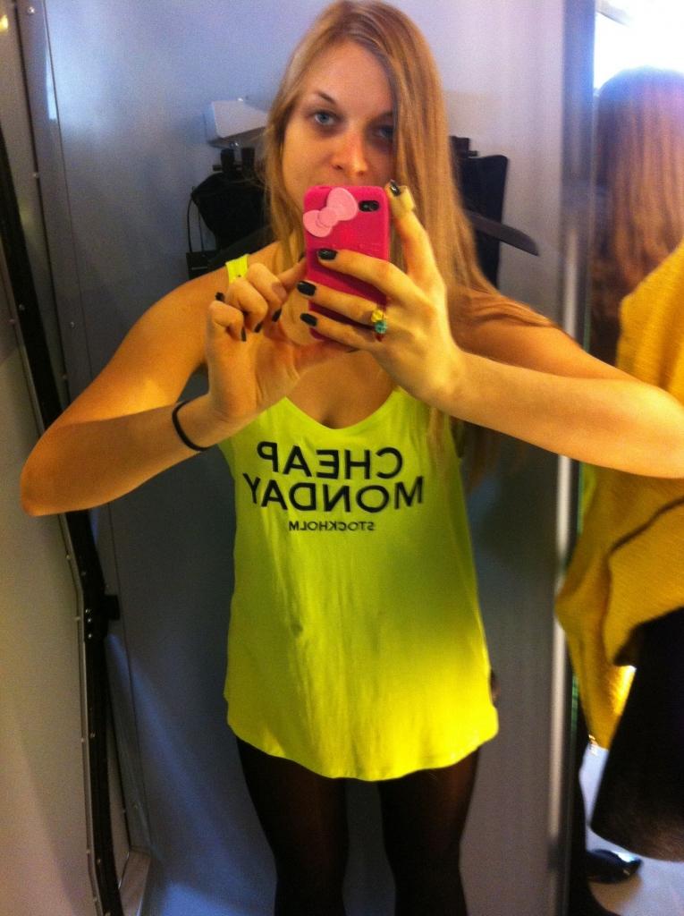 Cheap Monday t-shirt selfie