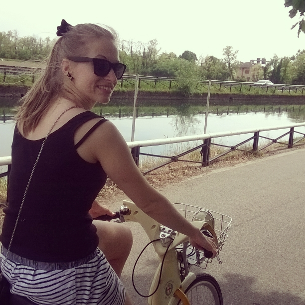 Bicycle trip on 2nd date to find a lake near Milan