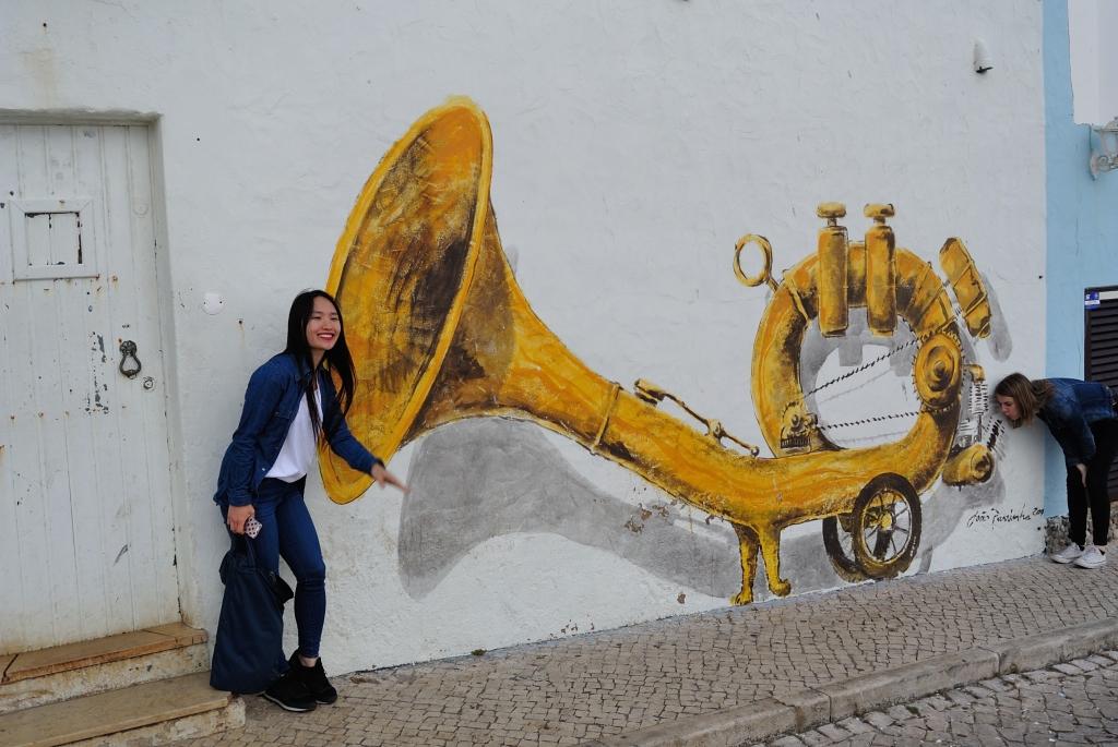 street art, Ericeira | www.missathletique.com