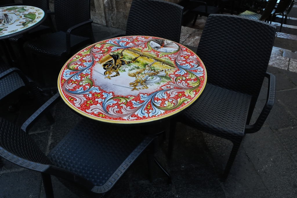 Some fancy Sicilian style sidewalk tables| www.missathletique.com