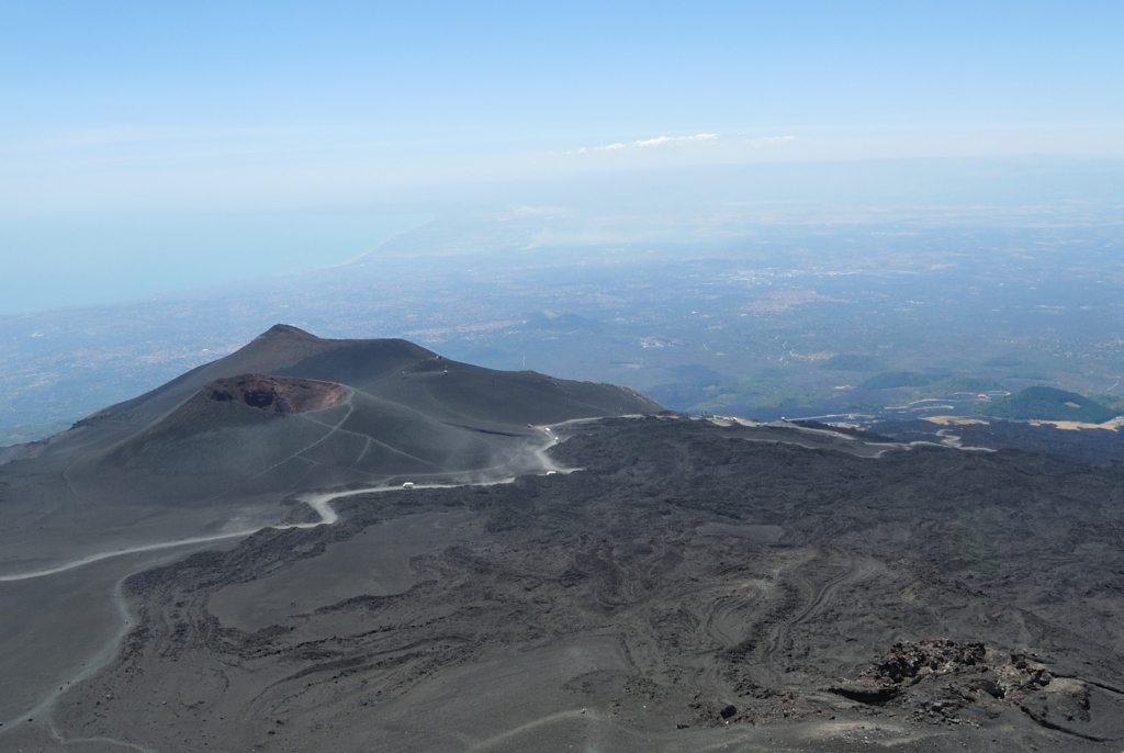vie to Catania from Etna | www.missathletique.com