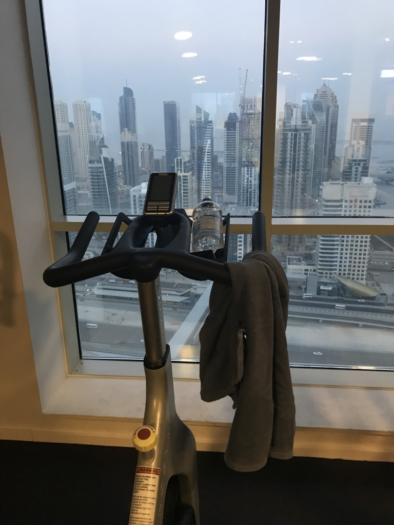 Dubai hotel gym review| www.missathletique.com